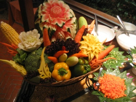 fruit and vegie carvings: